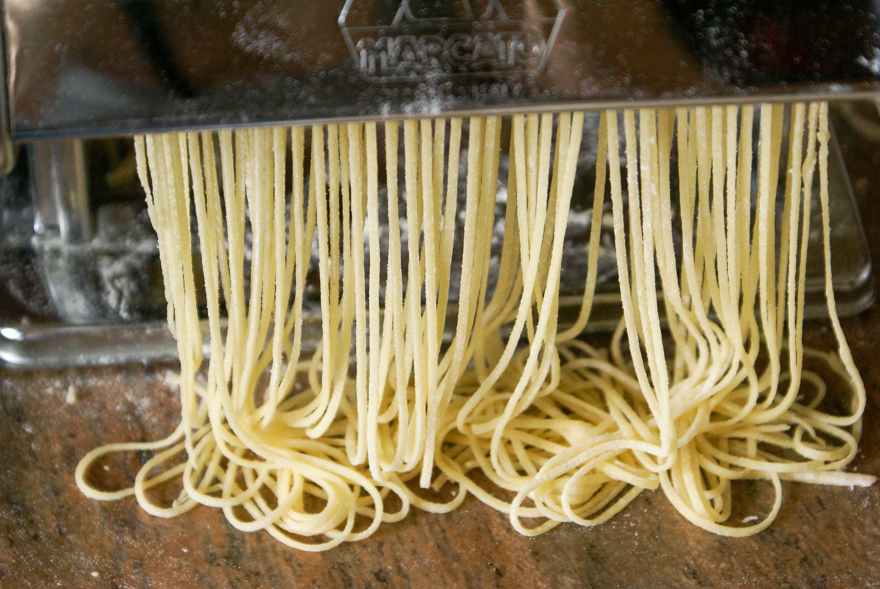 p tes fra ches maison la recette de la p te nouilles recette par chef simon pasta food. Black Bedroom Furniture Sets. Home Design Ideas