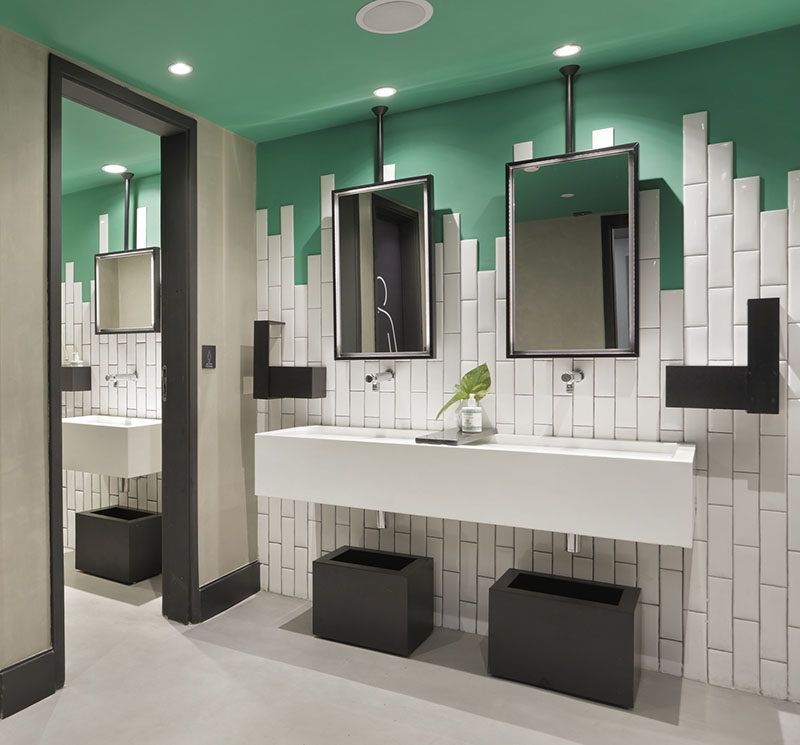 Bathroom tile idea stagger the tiles instead of ending for Bathroom 3 way mirror
