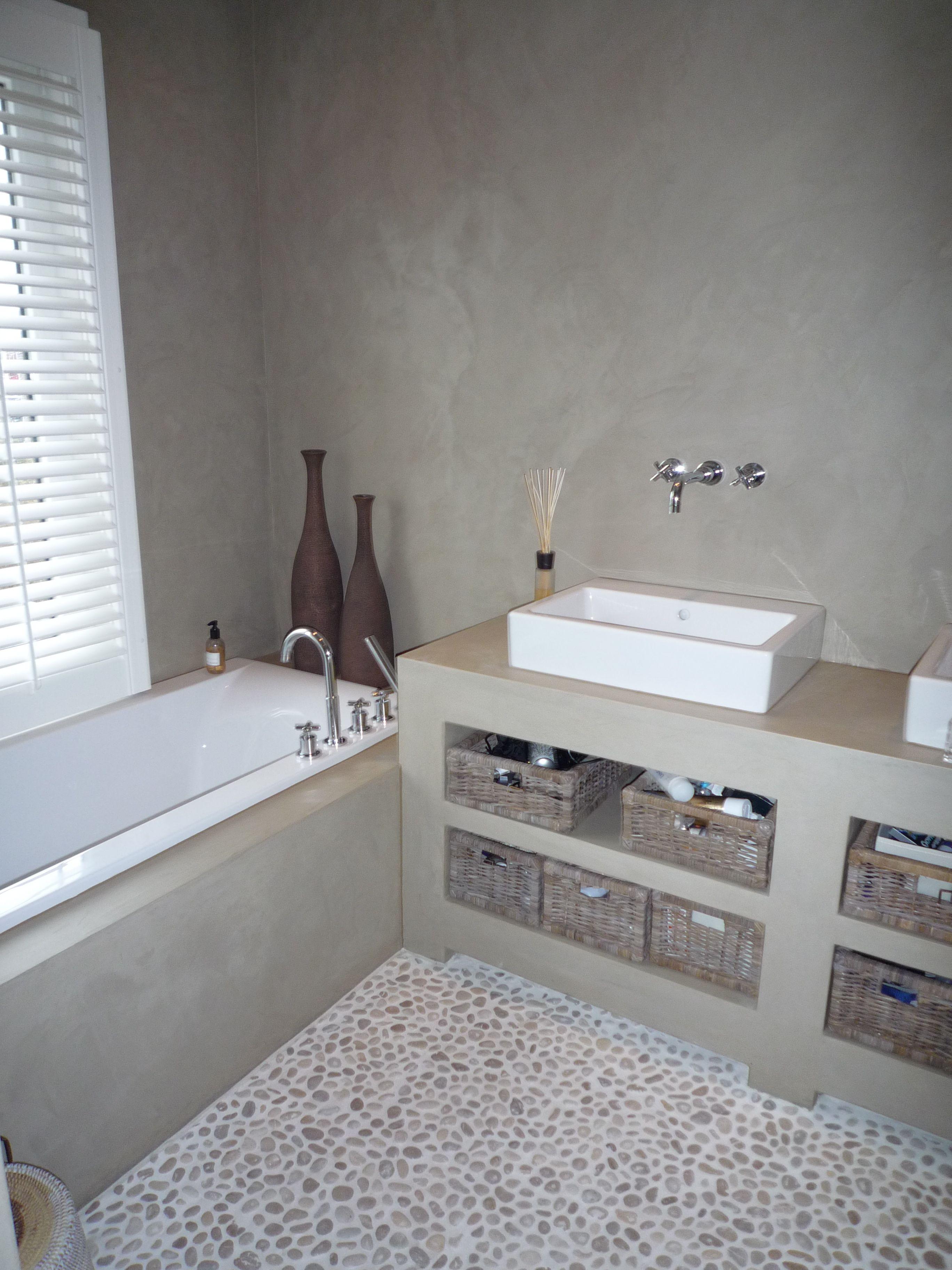 landelijk met betonlook - Interieur | Pinterest - Badkamer ...