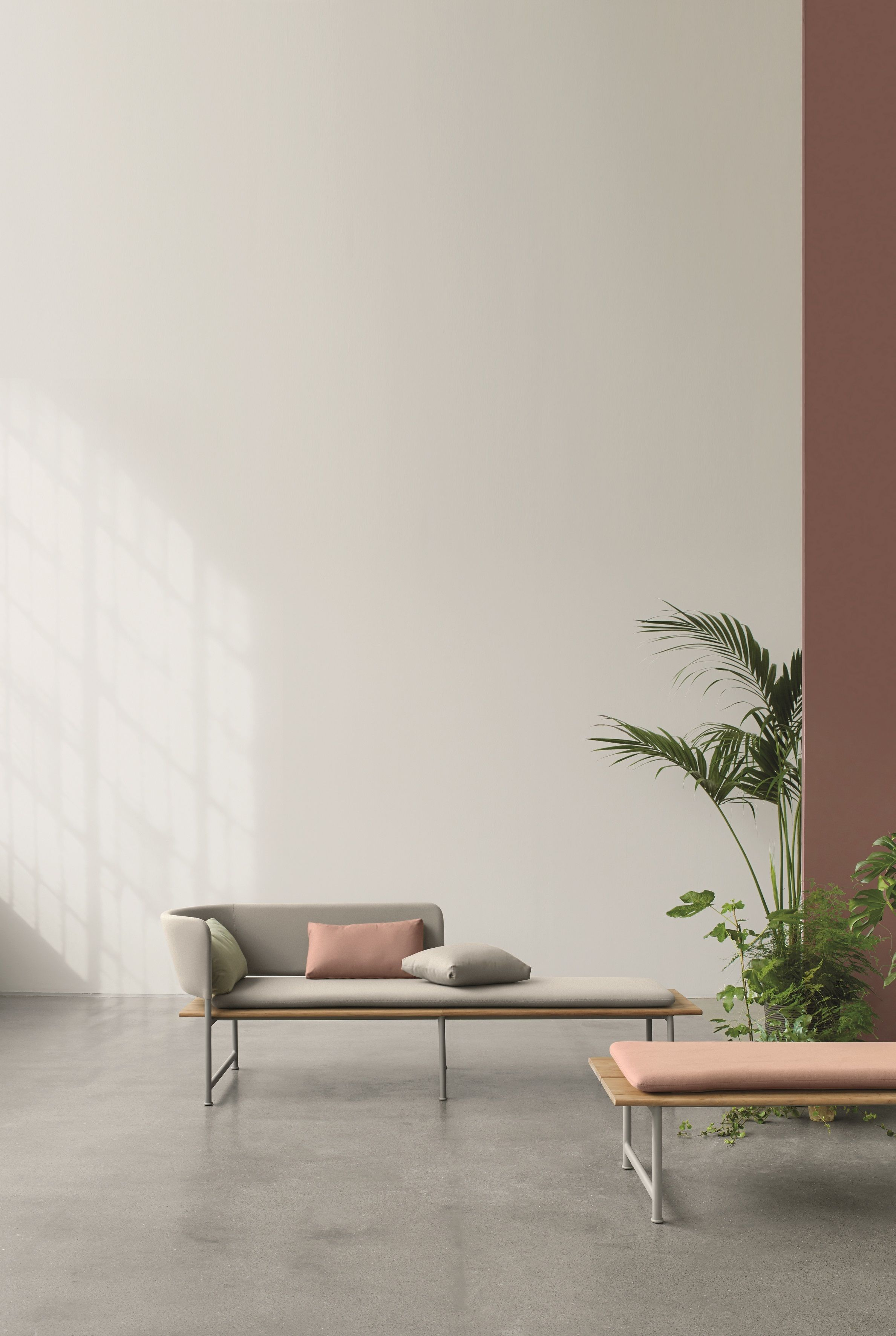 Gloster Atmosphere Right Chaise Er Furniture Brand