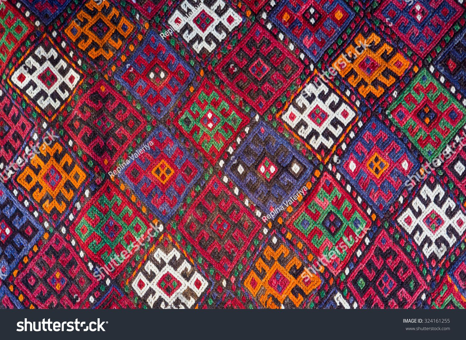 Handmade Woven Rug And Tapestry Vintage Carpets On A