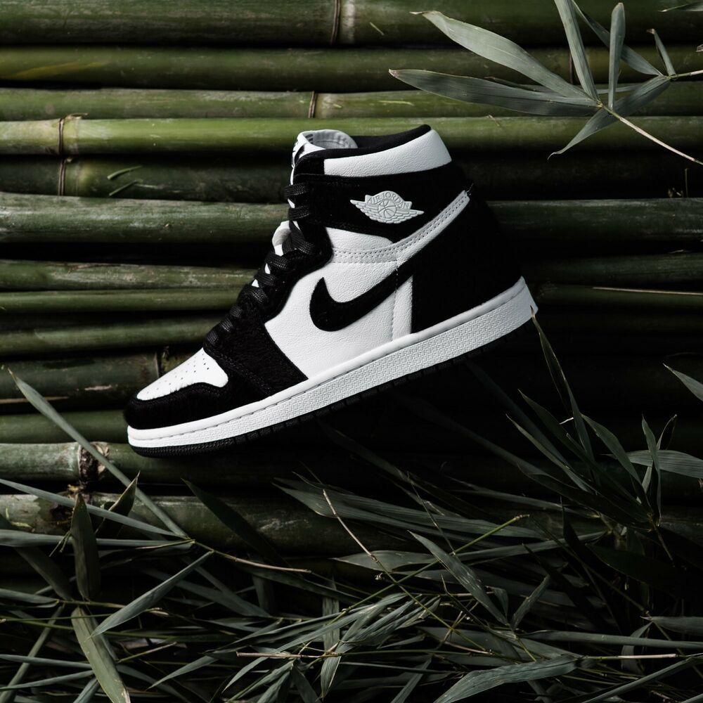 Nike Air Jordan 1 Retro High OG Panda Twist DS Womens Size