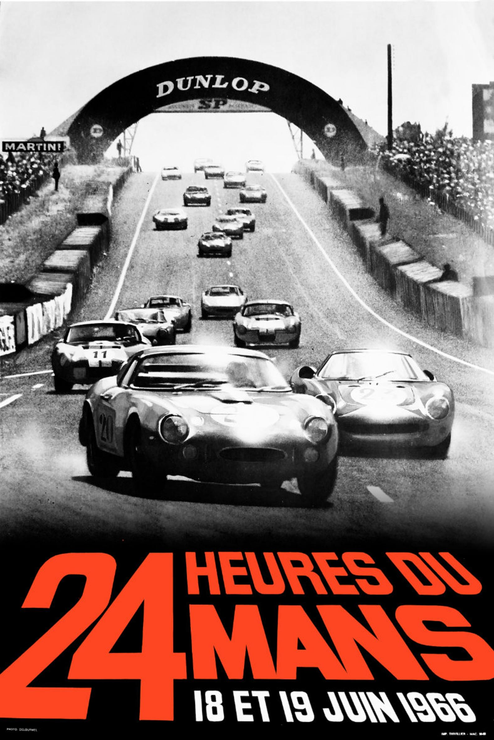 Affiche 24h Du Mans 1966 Ford Vs Ferrari In 2020 Auto Racing