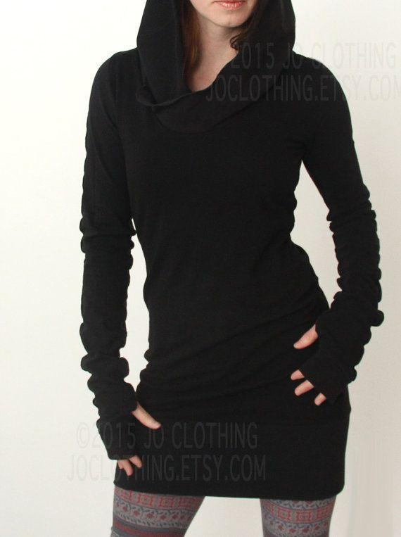 vestido túnica con capucha con manga de agujero del pulgar en negro