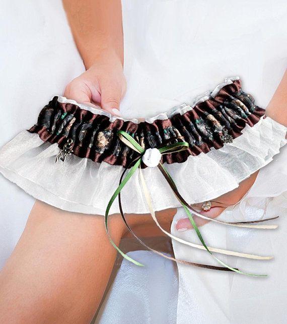 Hunting Wedding Garter, Camo Wedding Garter Set, Custom