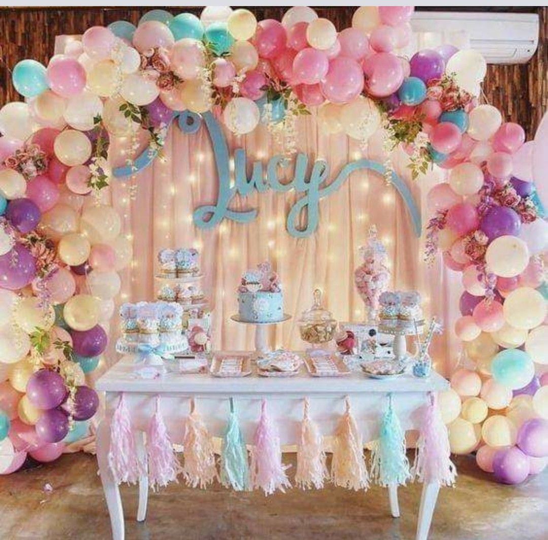Pin de iory rodla en fiestas pinterest decoracion for Decoraciones de sillas para 15 anos