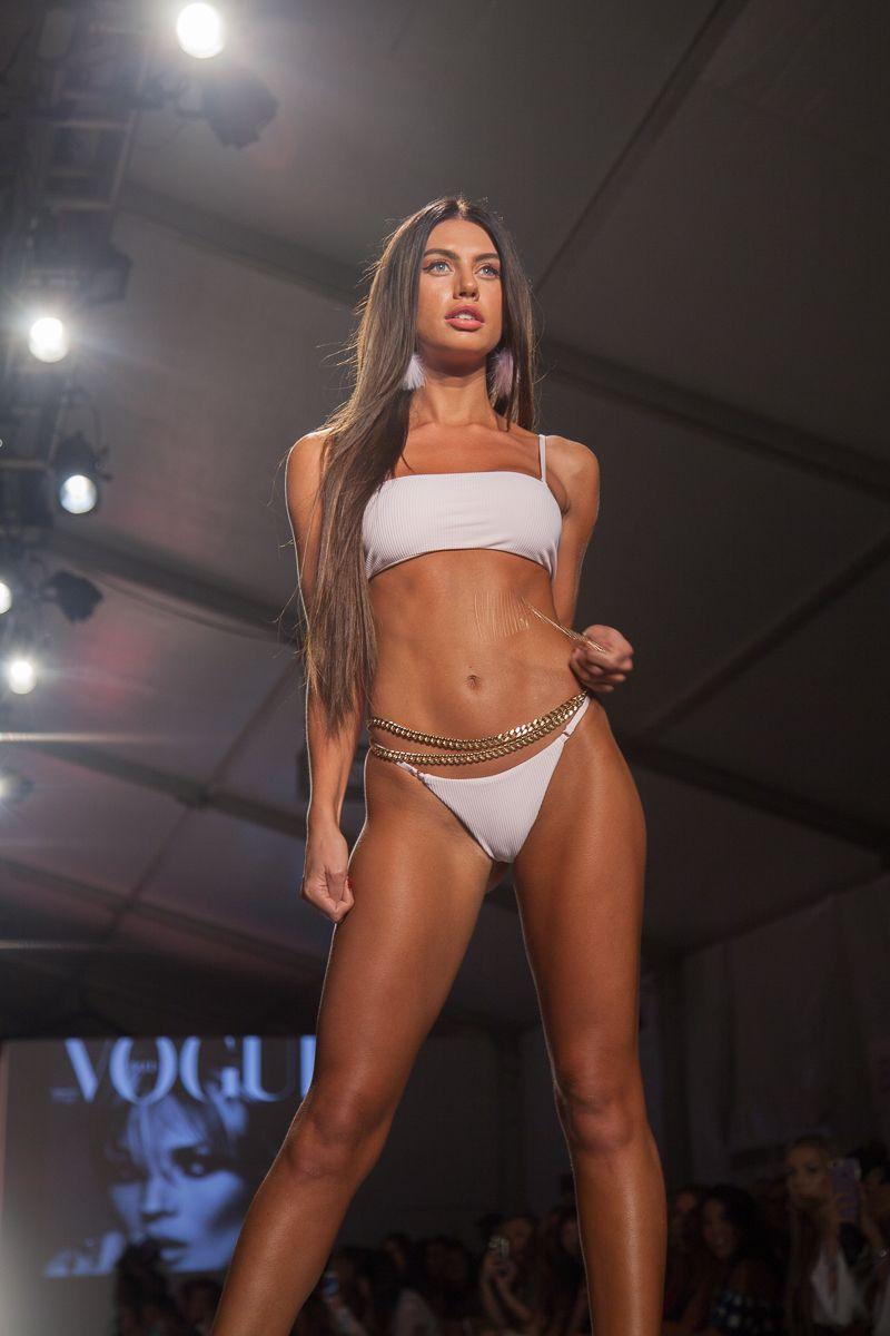 45d41bb0ccb 4.Caley-Rae Pavillard   2018 Frankie's Bikinis fashion show