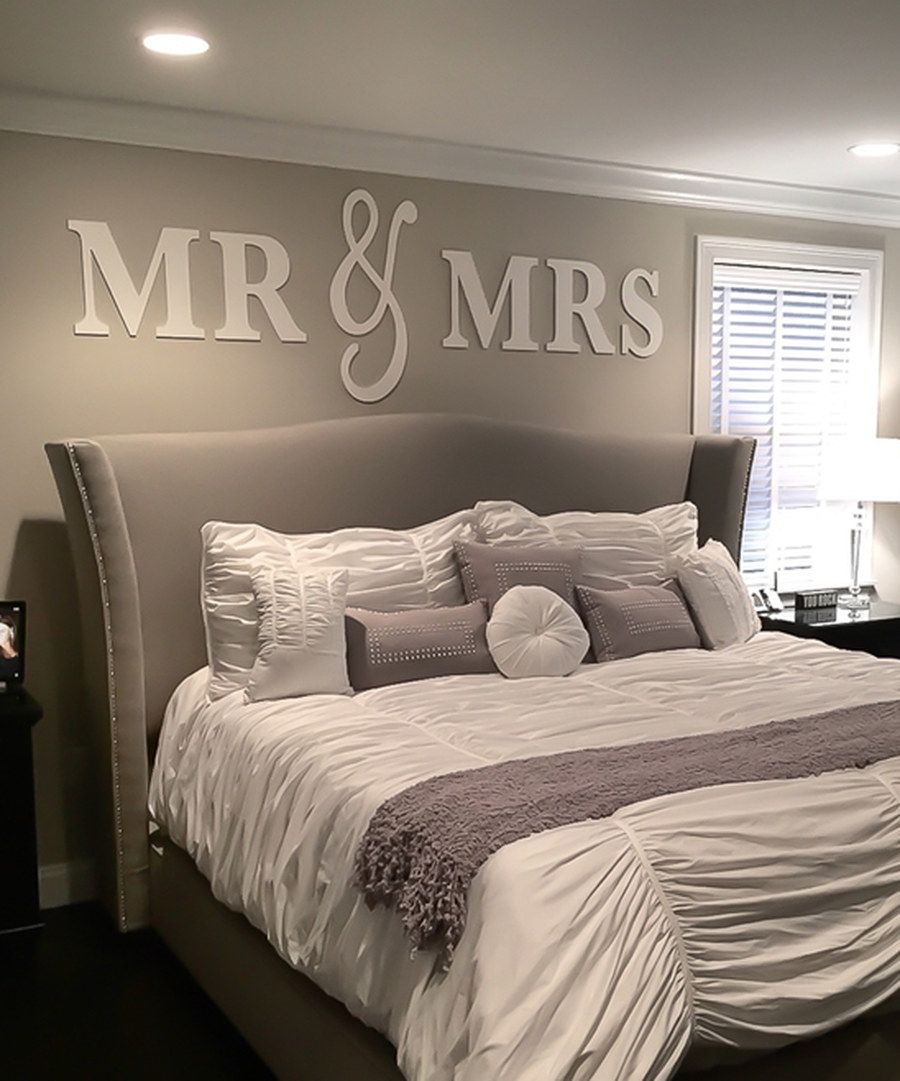White 'Mr & Mrs' Wall Art