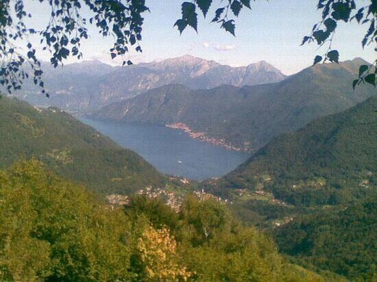 Un Weekend in Valle d'Intelvi tra passeggiate, agriturismi e frutti di bosco - LaBissa.com