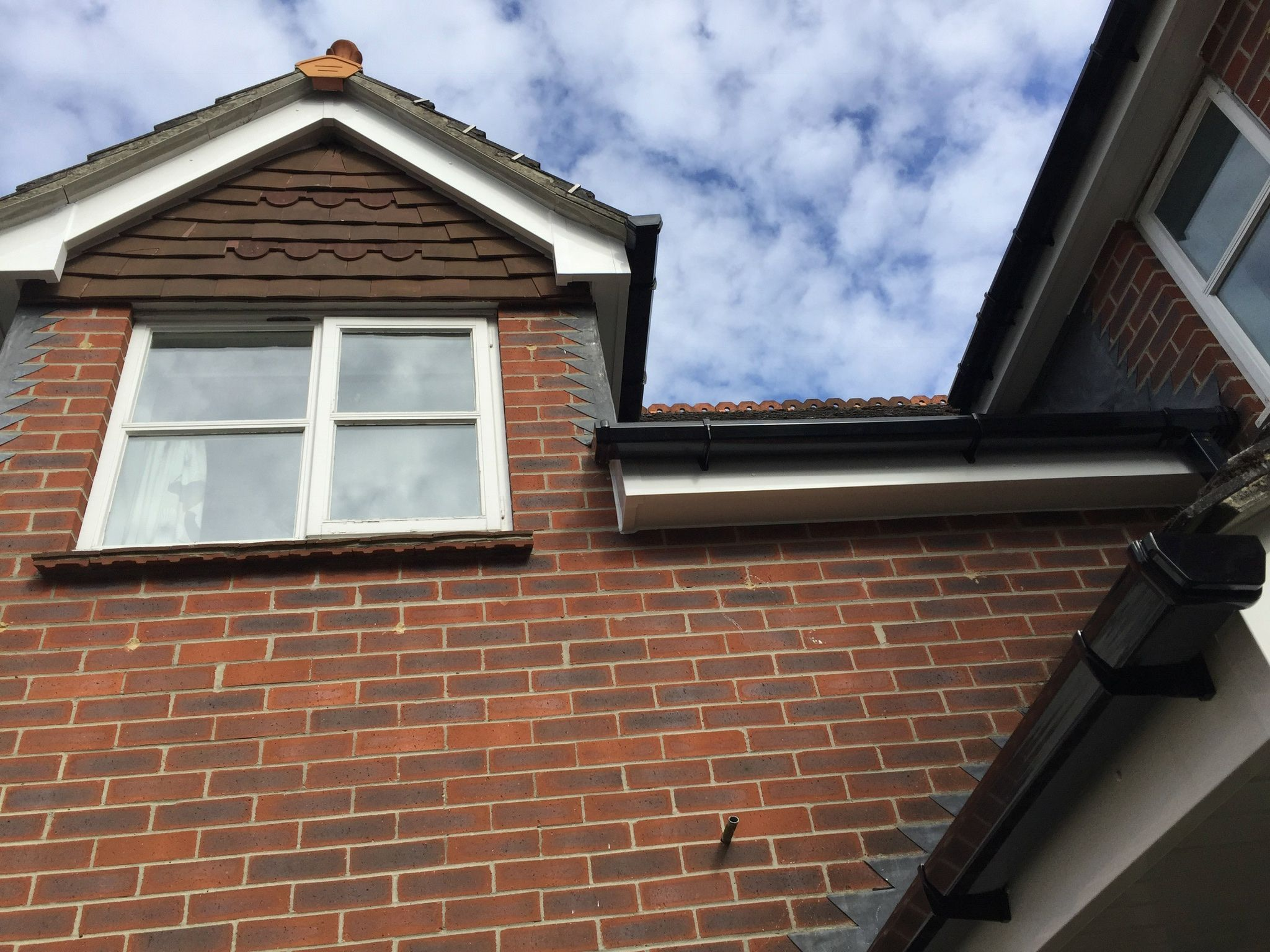 Quote Fascia Decorating Online Quotes For Decorating Guttering And Soffits Instant Quote For Replacing Fascias Guttering Asbestos Removal Wokingham Farnham