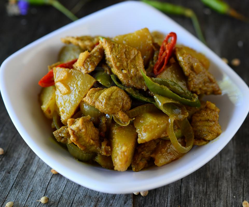 5 Resipi Daging Masak Cara Kampung Yang Mudah Sesuai Makan Bersama Nasi Putih Panas Rasa Food Dishes Recipes