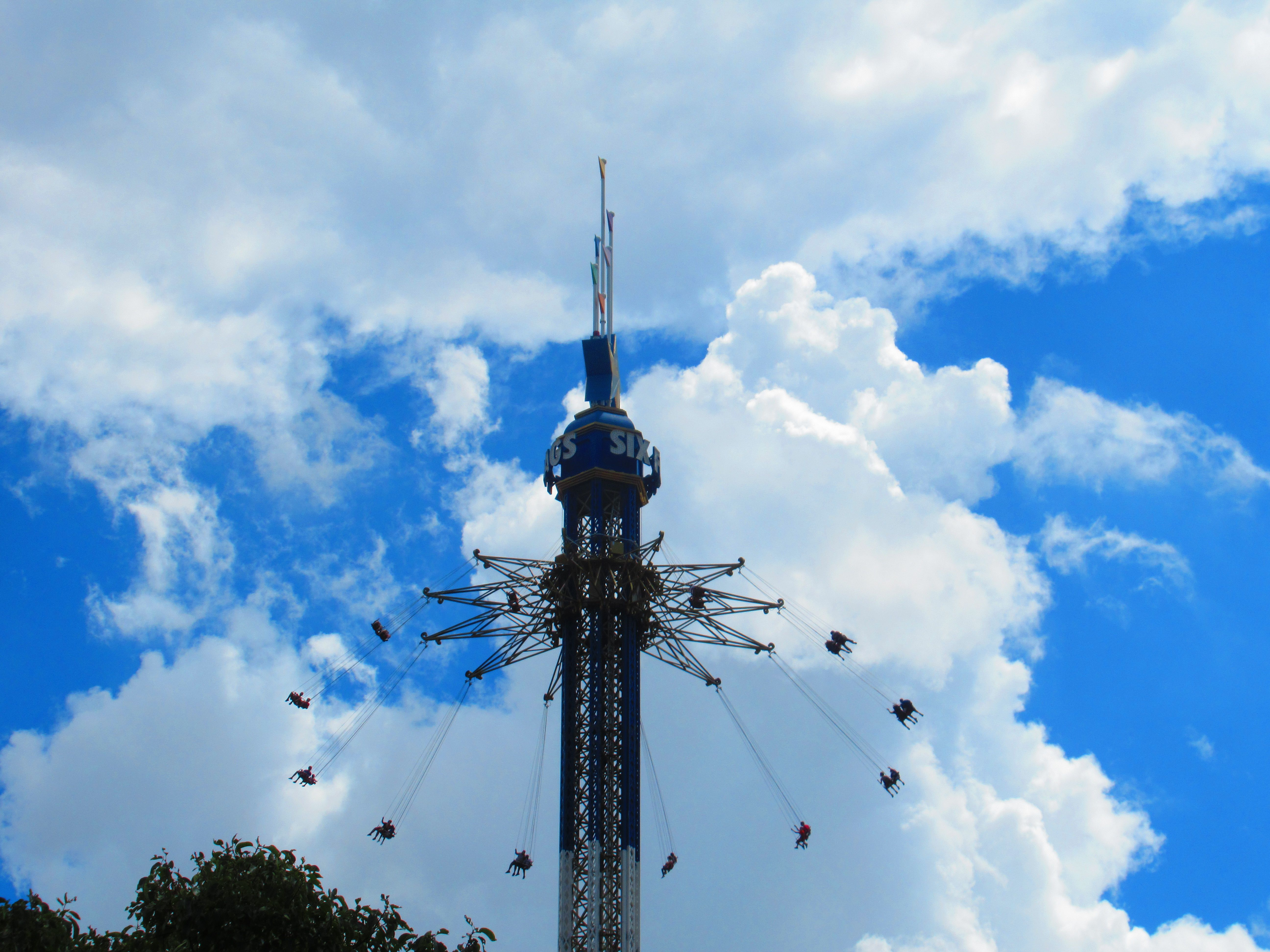 Texas Sky Screamer Six Flags Over Texas Statue Of Liberty Tower