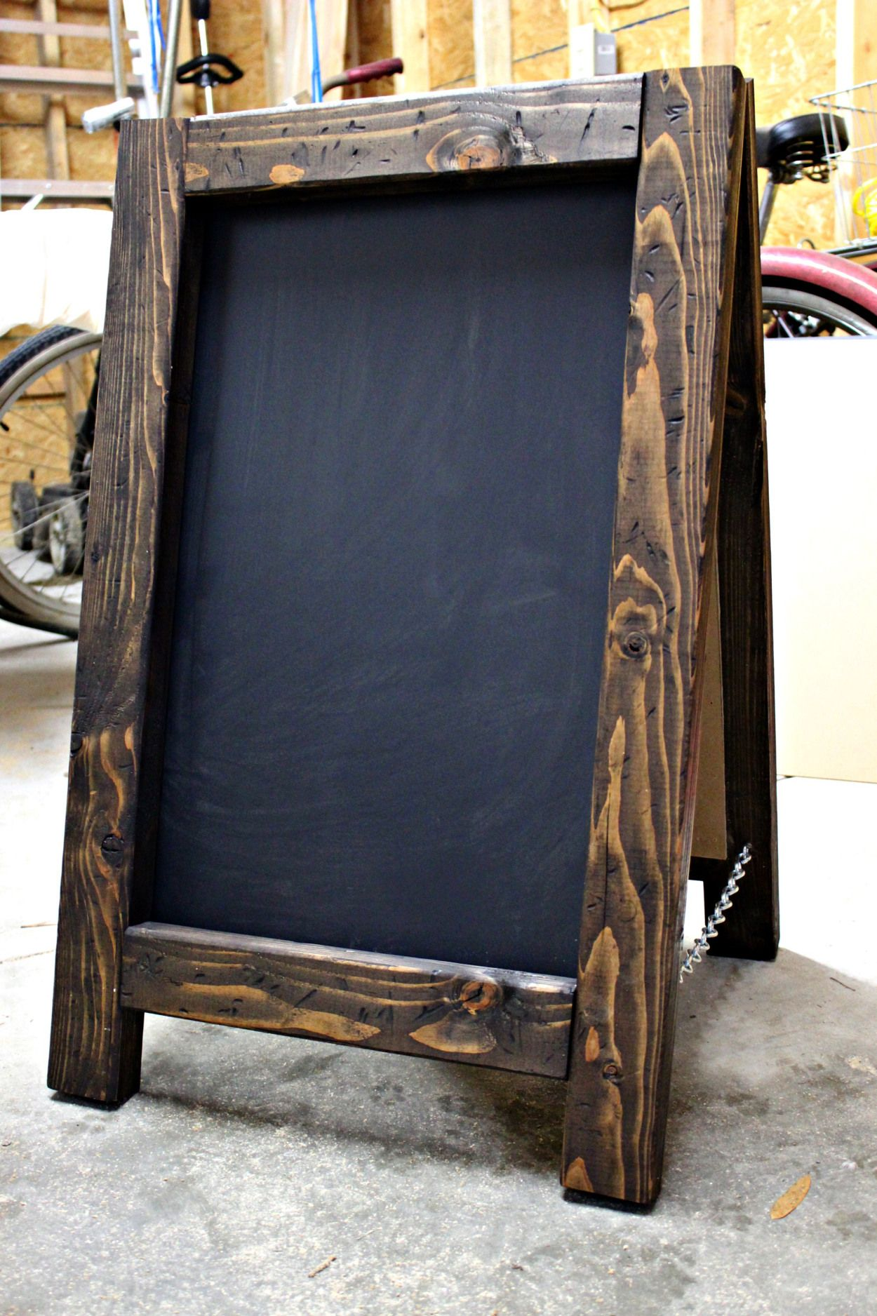 CHAULK BOARD | Diy easel, Diy chalkboard frame, Diy ... on Easel Decorating Ideas  id=34298
