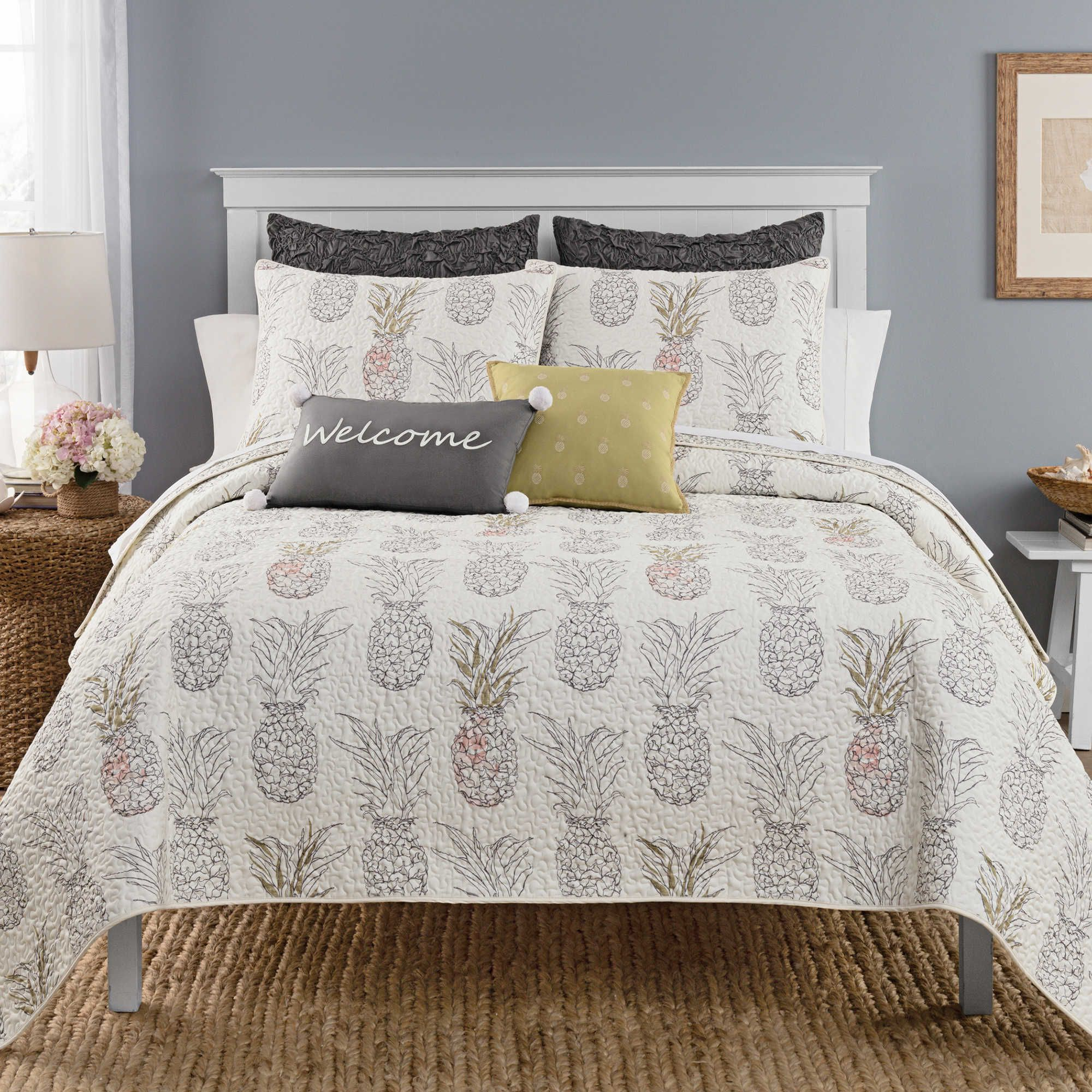 Heritage Breezes Pineapple Twin Quilt Pineapple Dreams