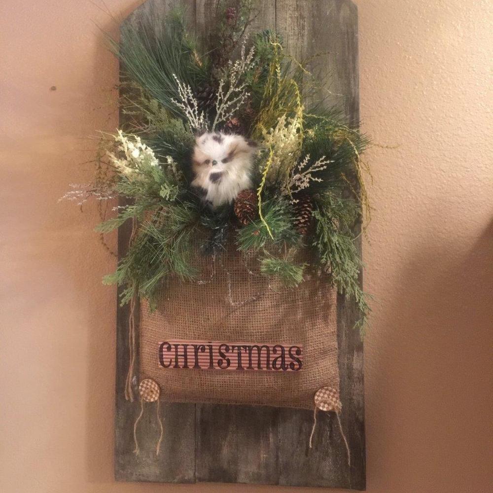 Christmas wall hanging floral arrangemrent,winter decor, Snow owl, burlap, wood #Handmade