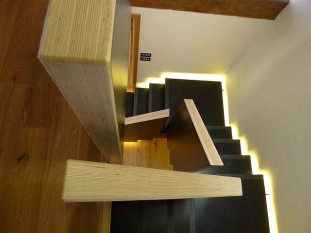 treppen designs holz geländer einbauleuchten schwarze stufen Haus