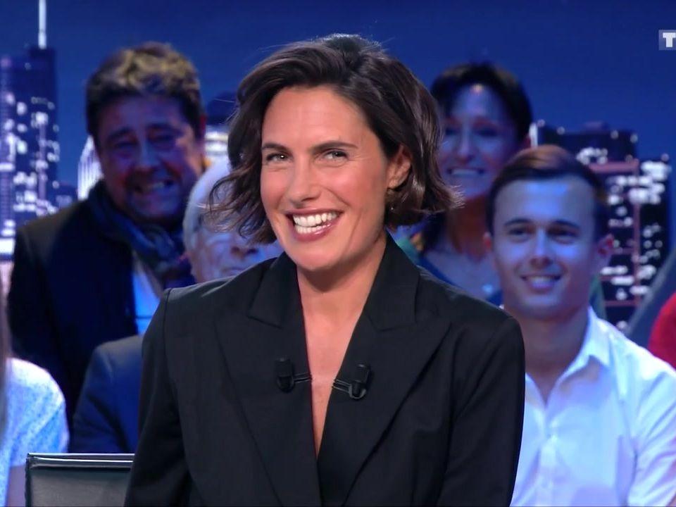 Premiere D Alessandra Sublet Dans C Est Canteloup Les Reactions Des Telespectateurs Alessandra Sublet Coiffure Cheveux Beaute Cheveux