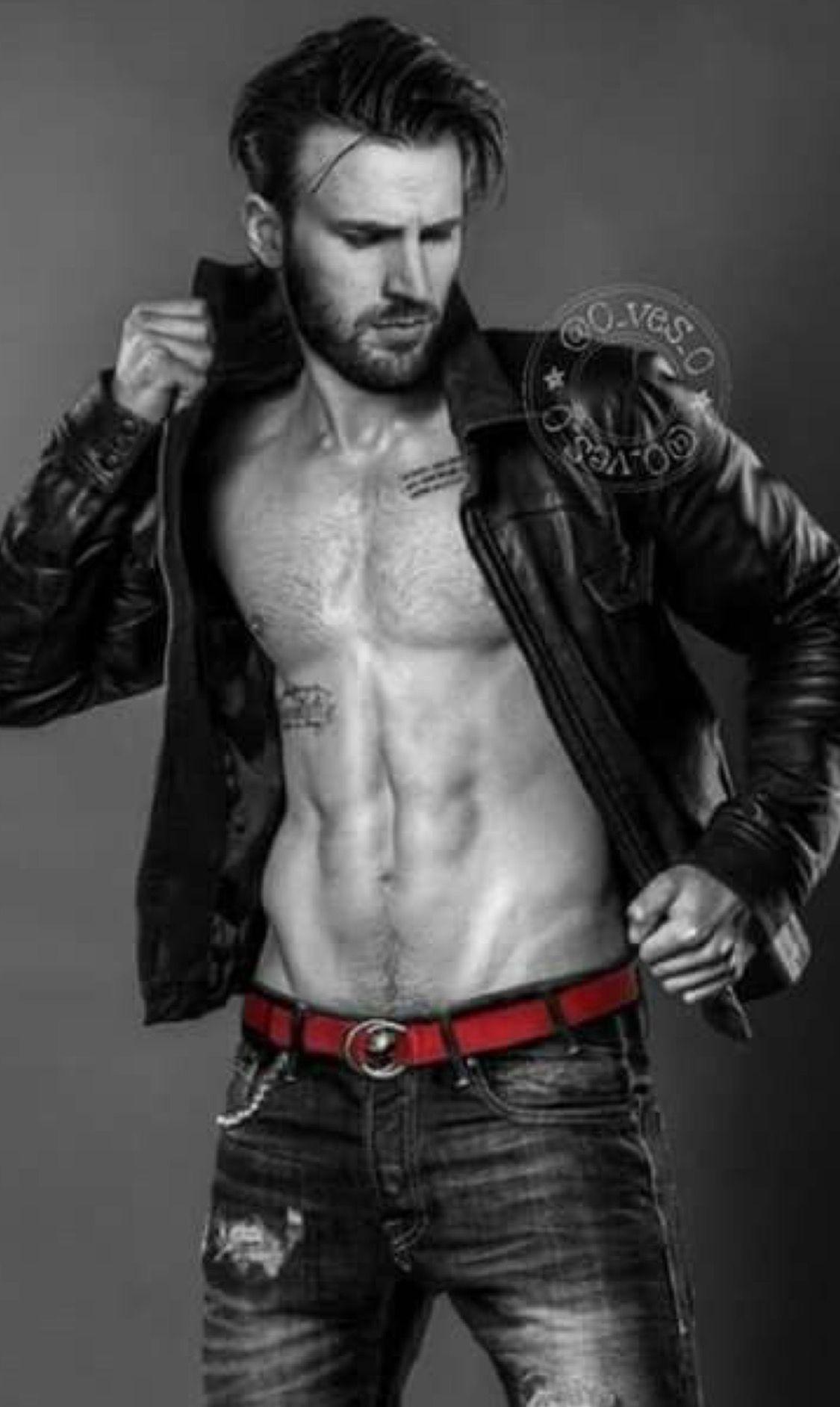 Brickhouse on Twitter | Chris evans shirtless, Chris evans