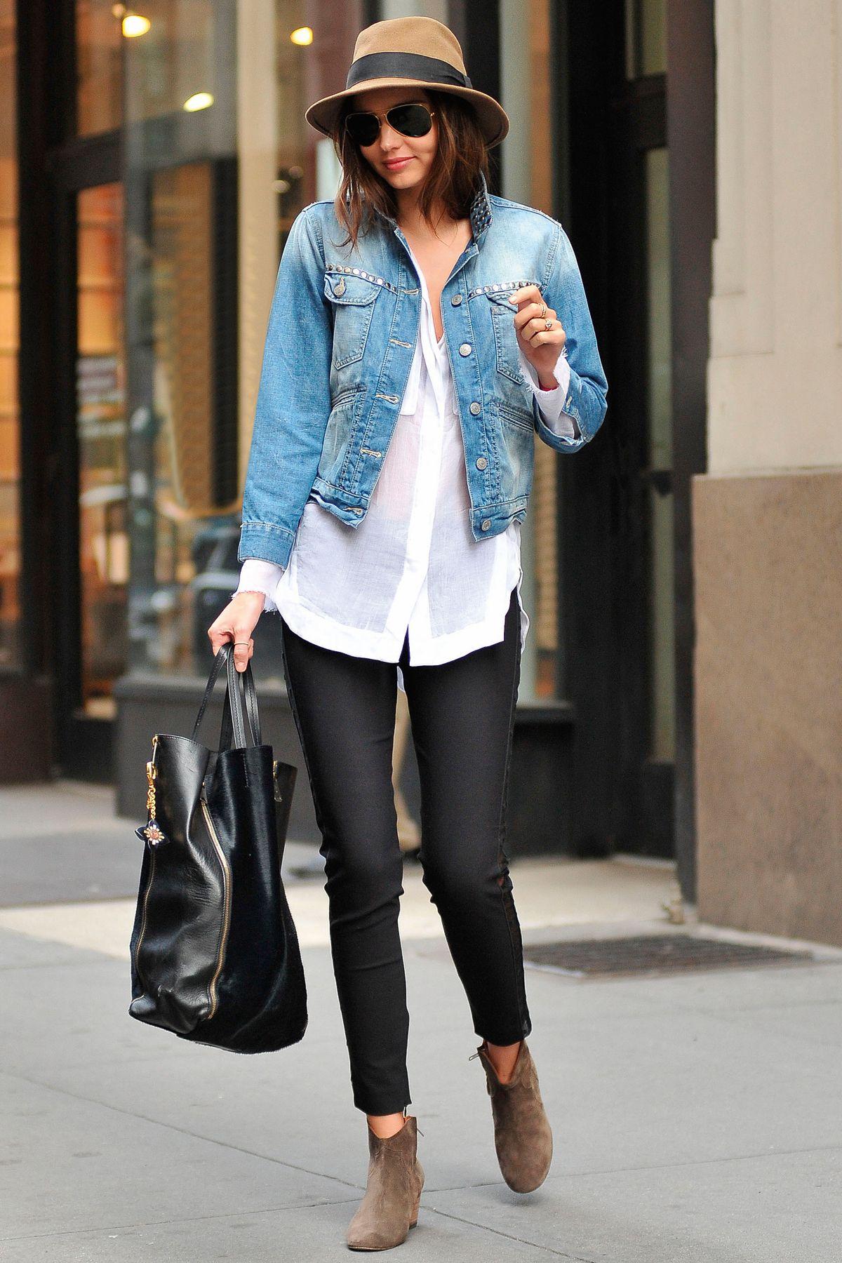 f963790963 Gatas no Telhado  Looks com Jaquetas Jeans!