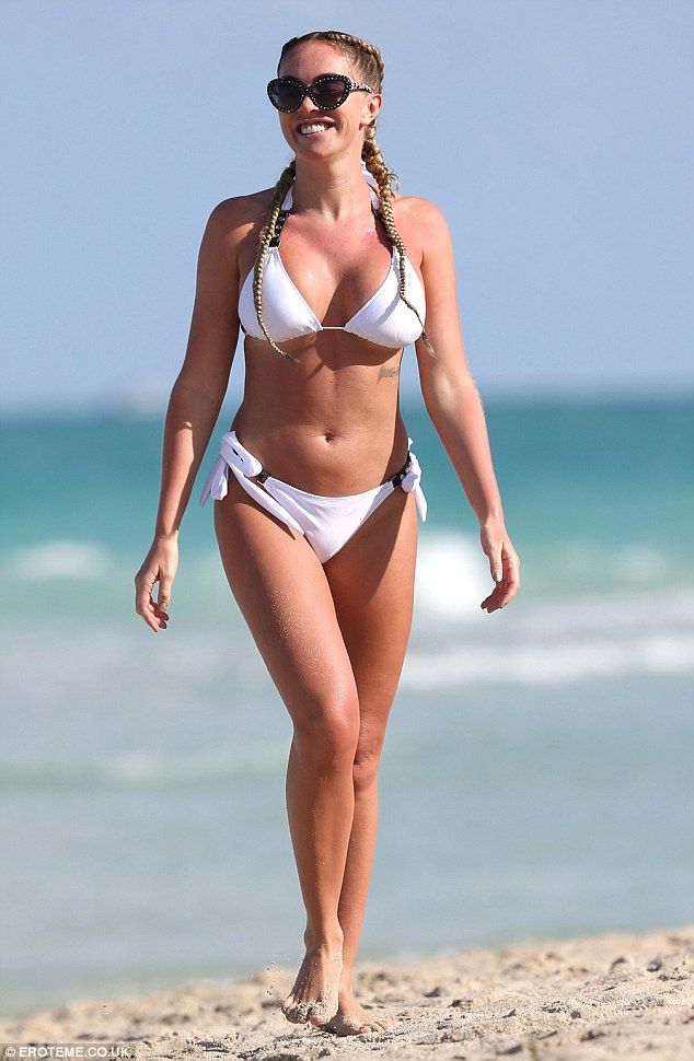 bikini wallace Aisleyne horgan