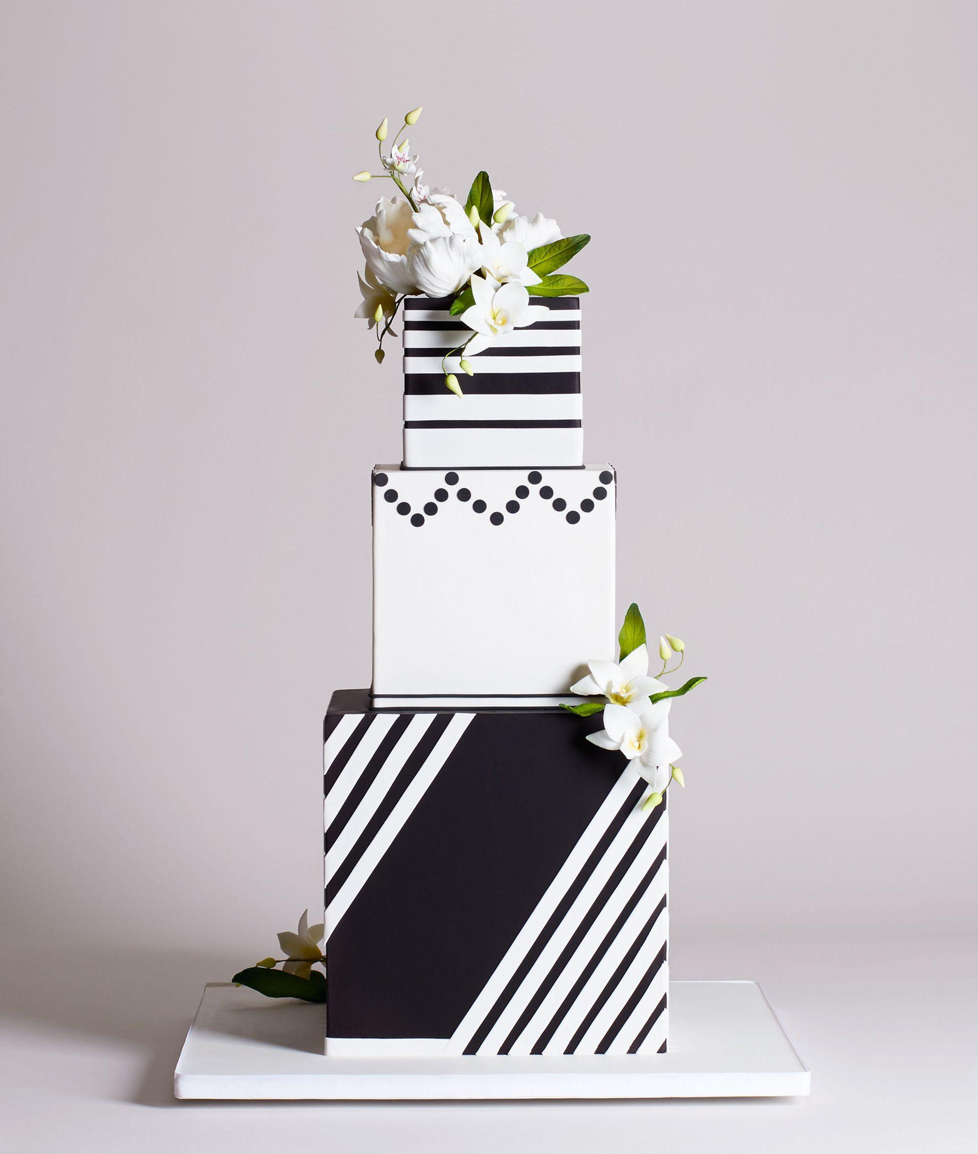 tier square geometric cake bl wedding inspiration in