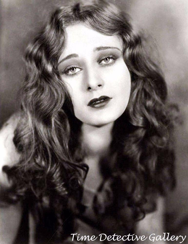 Silent Screen Actress Dolores Costello - 1920s - Historic Photo Print
