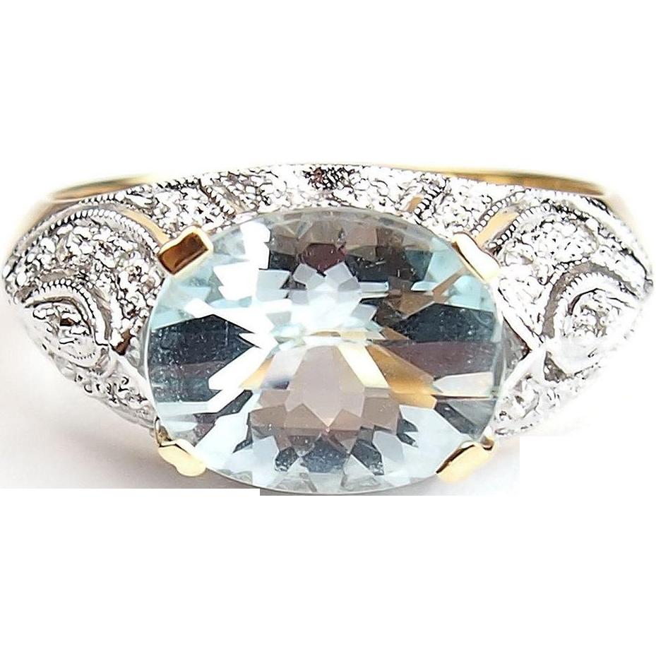 Vintage 14k gold two tone 3 25 ctw aquamarine and diamond ring