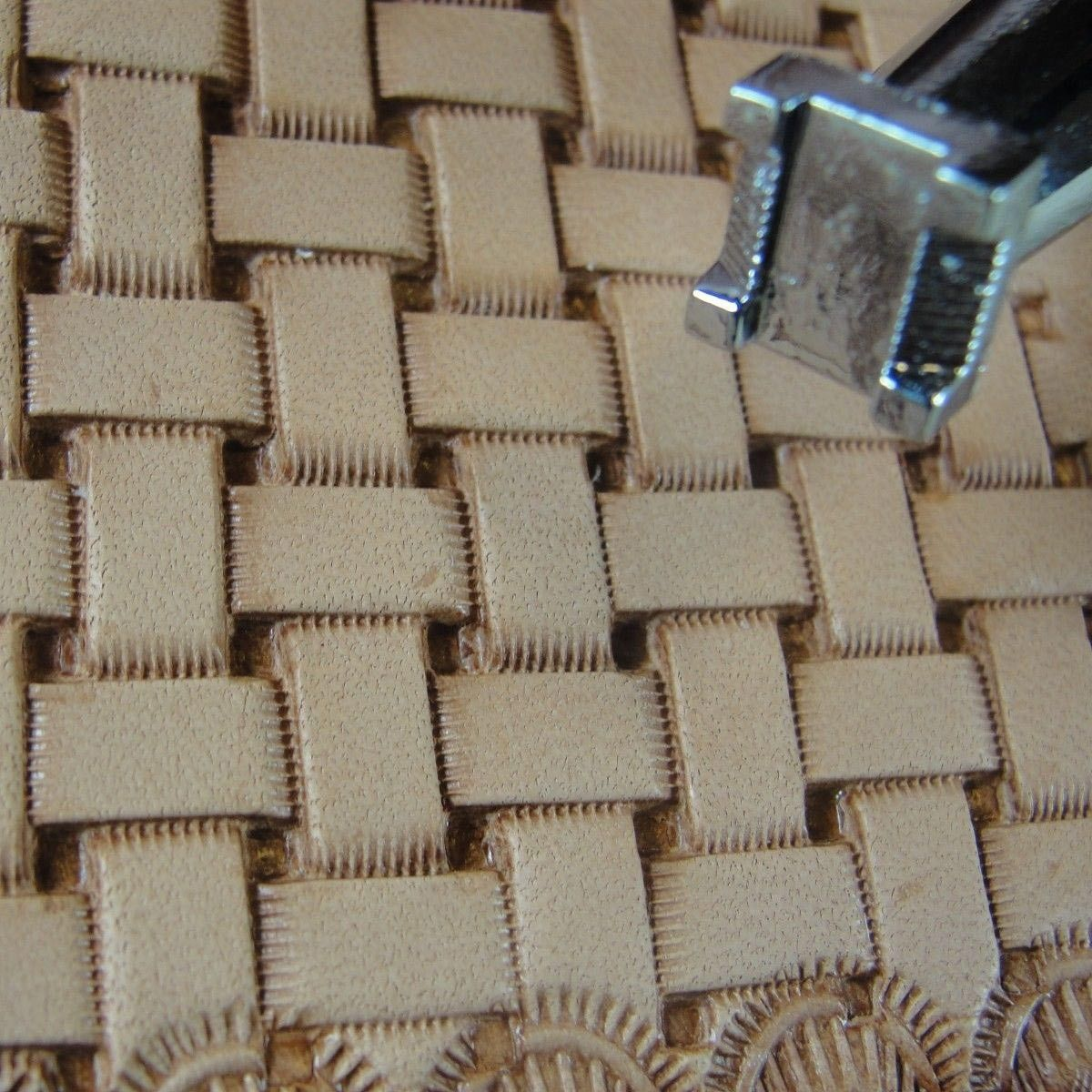 Basket Weave Pattern On Leather : Leather stamping tool basket weave stamp use for