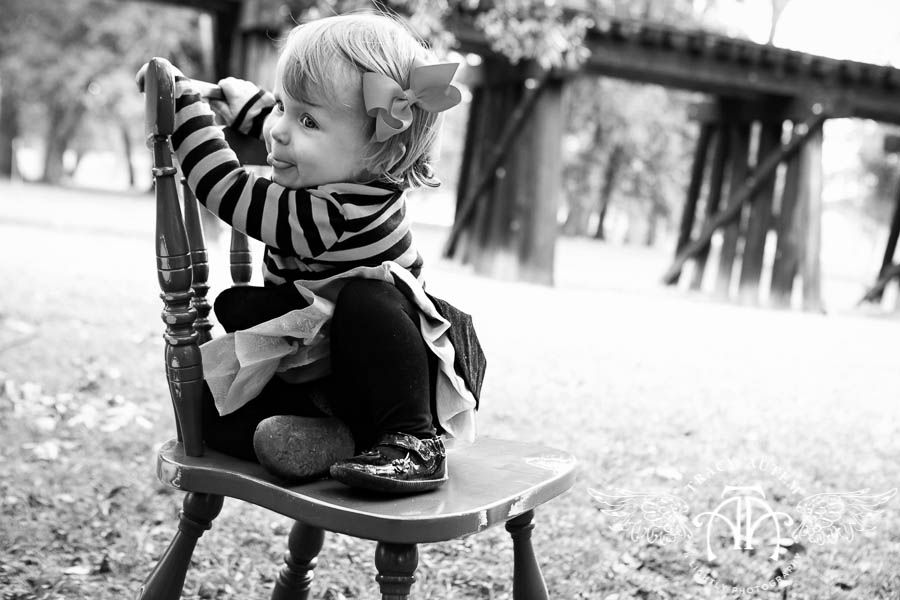 Cute pose for little ones