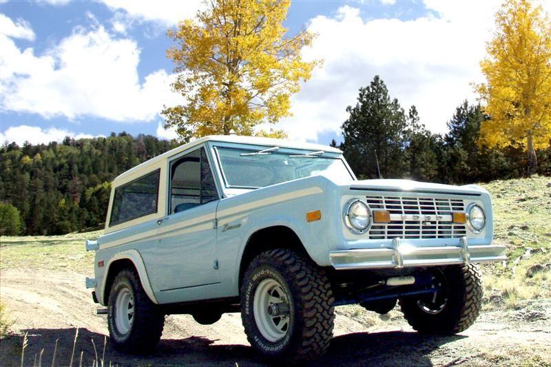 Light Blue Bronco Ford Bronco Classic Ford Broncos Classic Bronco