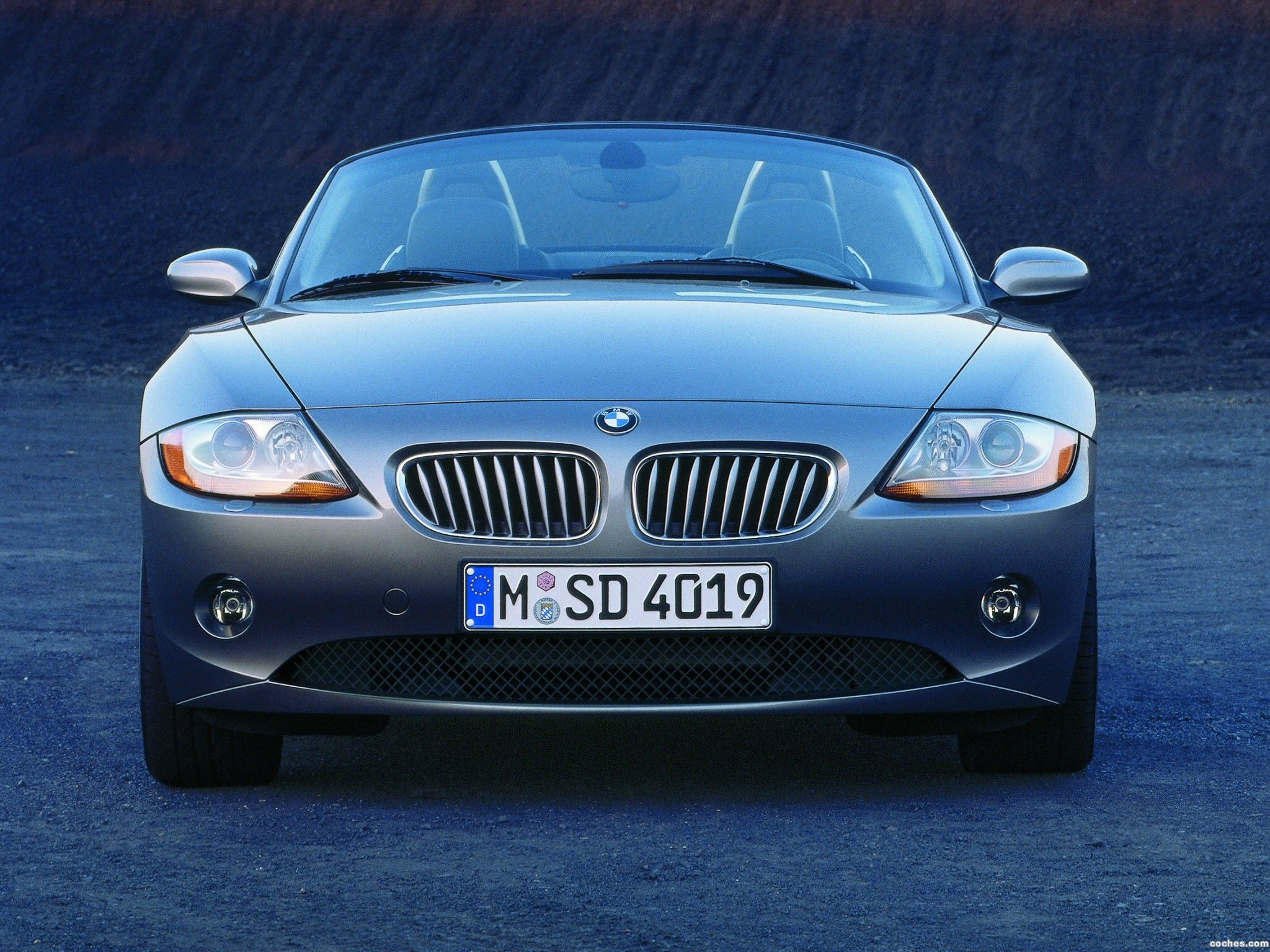 White bmw z4 the car design trend coming en past pinterest bmw z4 bmw and cars