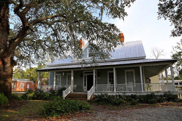 Sweet Southern Days Apalachicola Florida Cracker House Cottage House Plans Riverside House