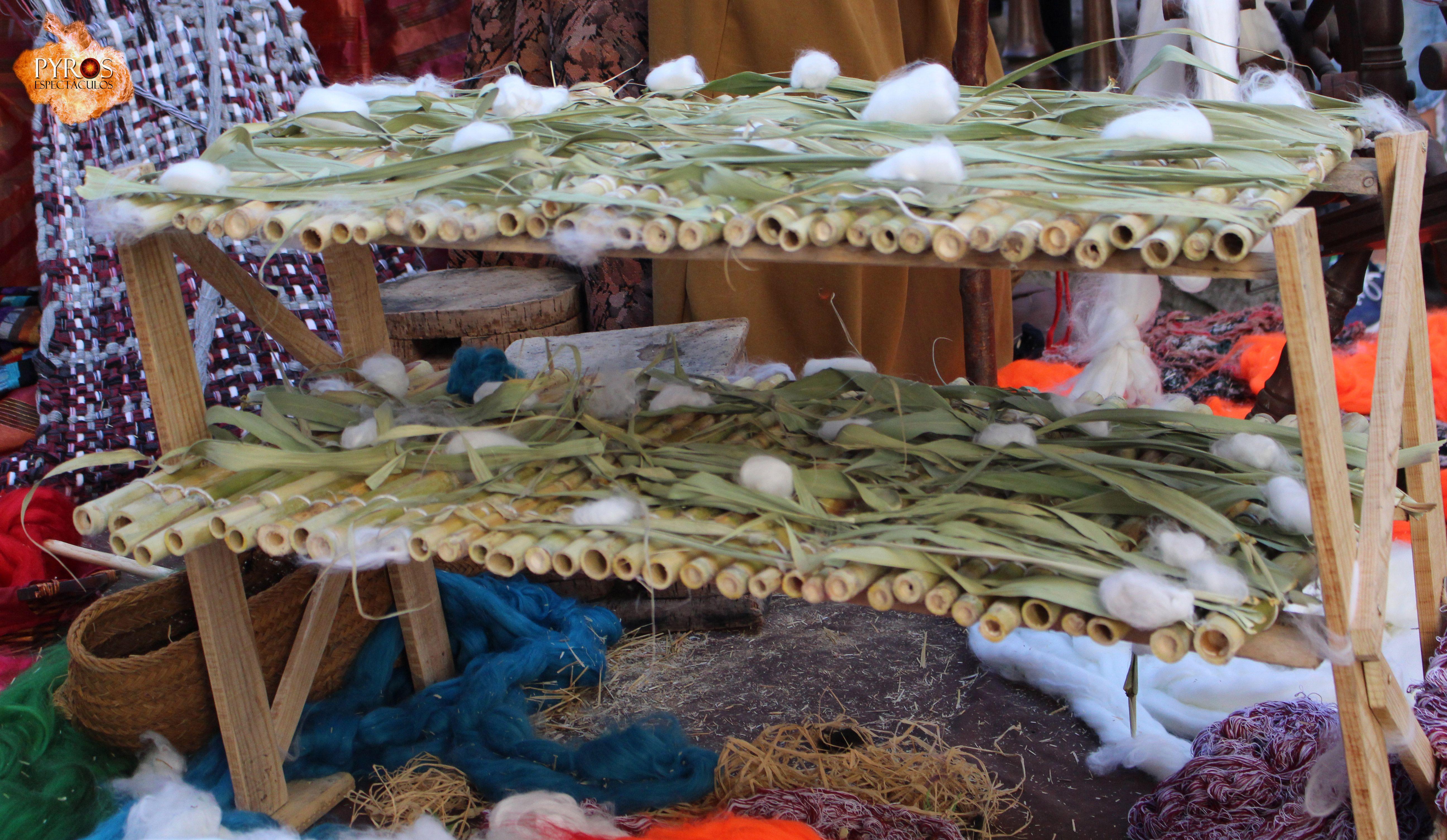 Secadero de seda / Silk dryer www.pyrosespectaculos.tk