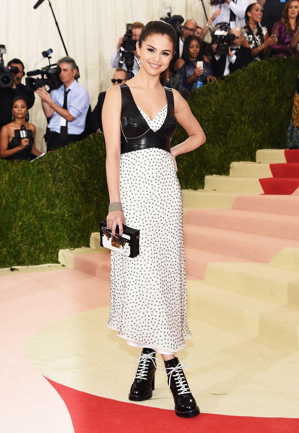 Selena Gomez Pairs Polka Dots With Lace-Up Boots on Met ...