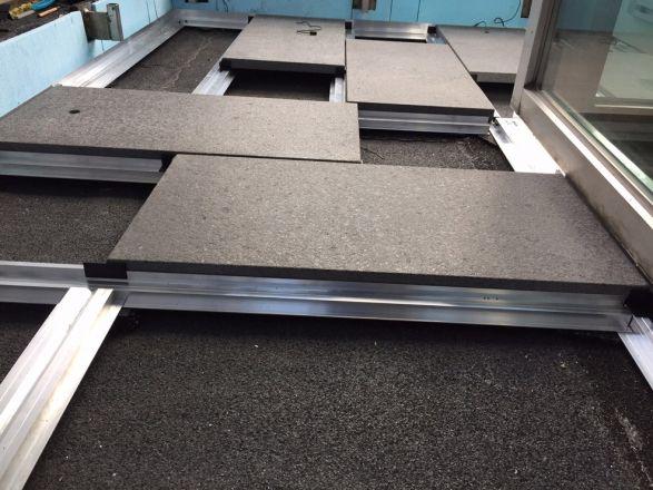 Talux profielsysteem voor het eenvoudig en snel verwerken for Tegels voor dakterras