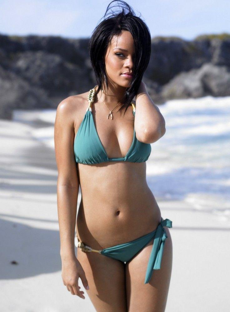 Rihanna nude girls — img 15