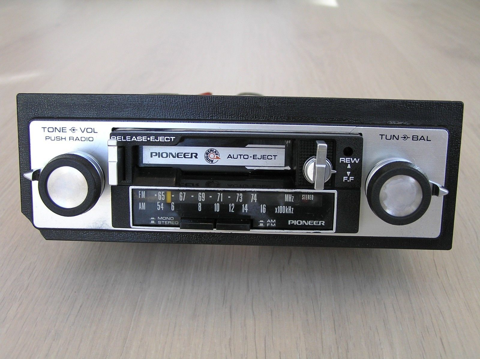 Vintage Pioneer Kp 2500a Car Stereo Cassette Player Am Fm Old