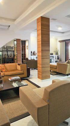 Como decorar colunas no meio da sala veja 25 ideias for Aplicacion para decorar interiores