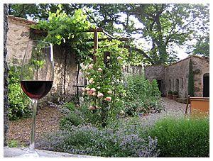 to turn your garden from drab to fab just add wine tuscan gardenitalian gardengarden design