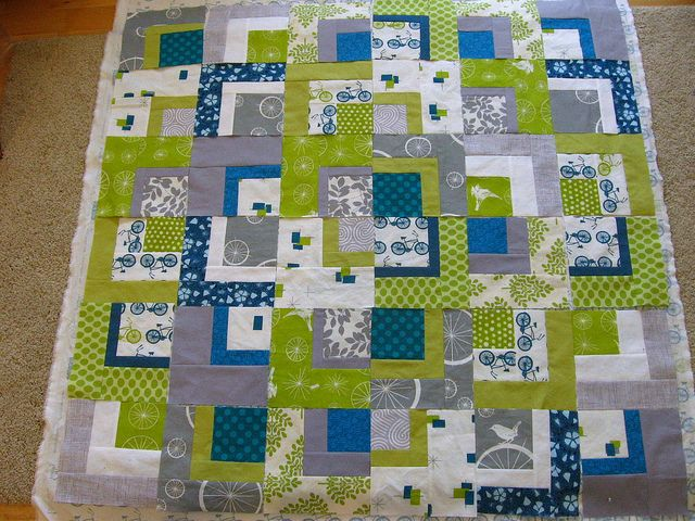 Bento Bikes Baby Quilt - Loving these colors together