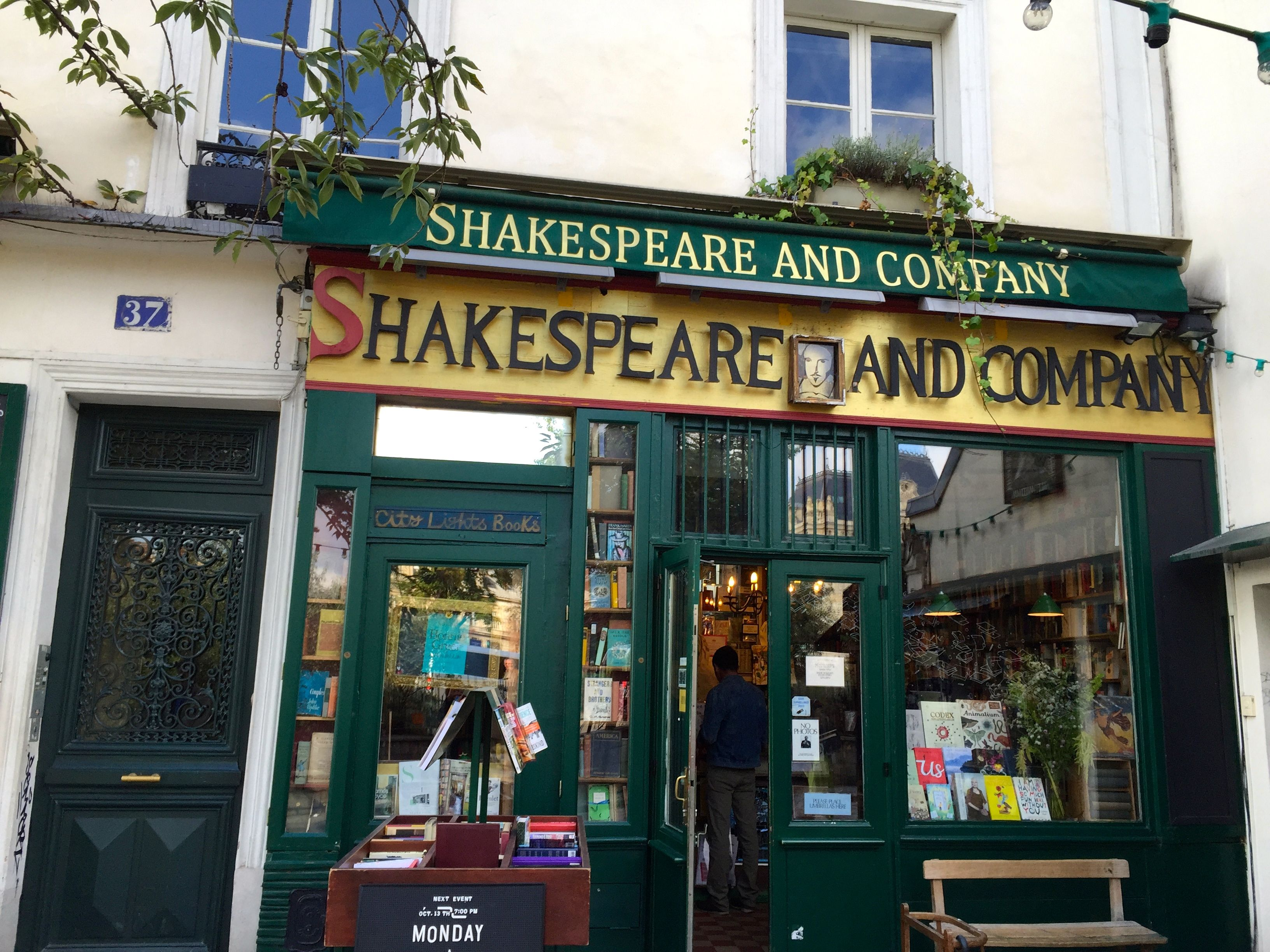 Aggie McDougle Photos - Shakespeare & Company Paris