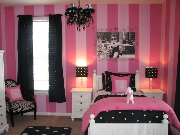 Gracieu0027s Pink And Black Bedroom   Bedroom Designs   Decorating Ideas   HGTV  Rate My Space