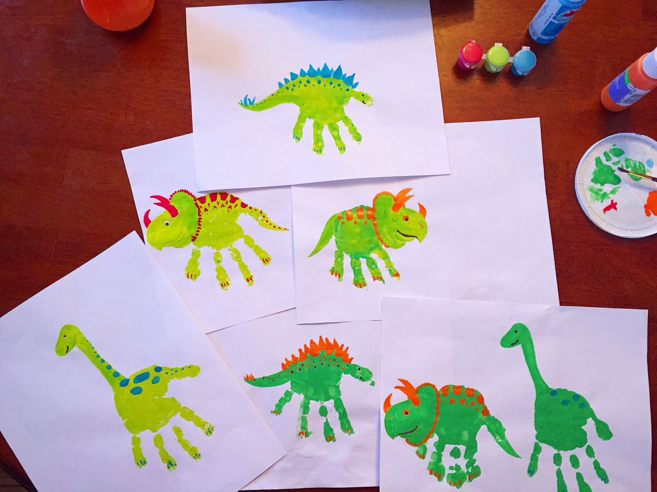 Dinosaur handprints kids crafts pinterest craft for Dinosaur crafts for toddlers