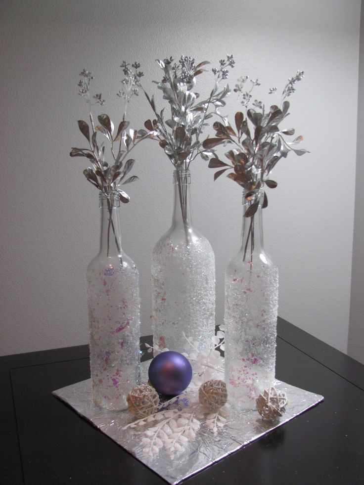 Wine bottle crafts easy christmas wine bottle craft for Christmas bottle decorations