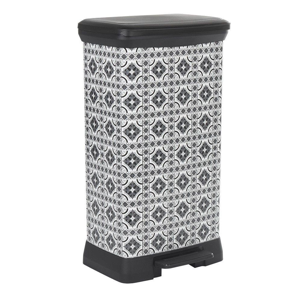 Poubelle A Pedale Motif Carreau De Ciment Gris Et Blanc 50 L In 2020 Glassware Small Trash Can Trash Can