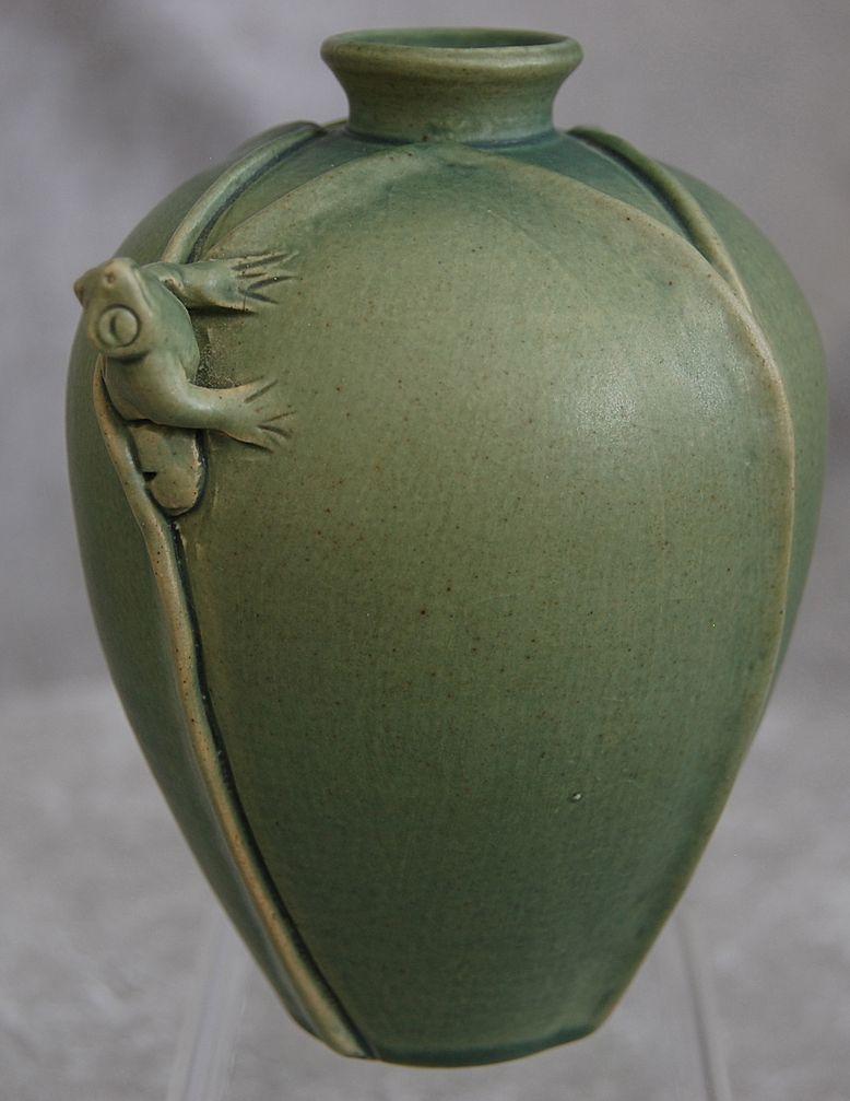 Indonesian Pottery Tree Frog Vase Original Inspiration Korean