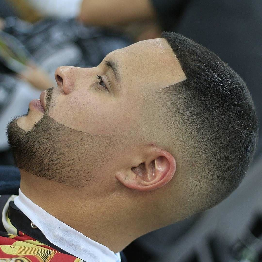 Step your barber game up 100x grab my free ebook on building a step your barber game up 100x grab my free ebook on building a strong barber clientele fandeluxe Epub