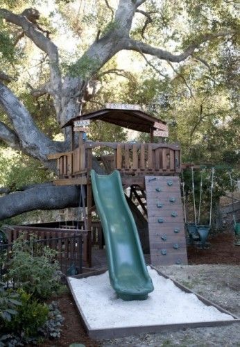 Play area/tree house