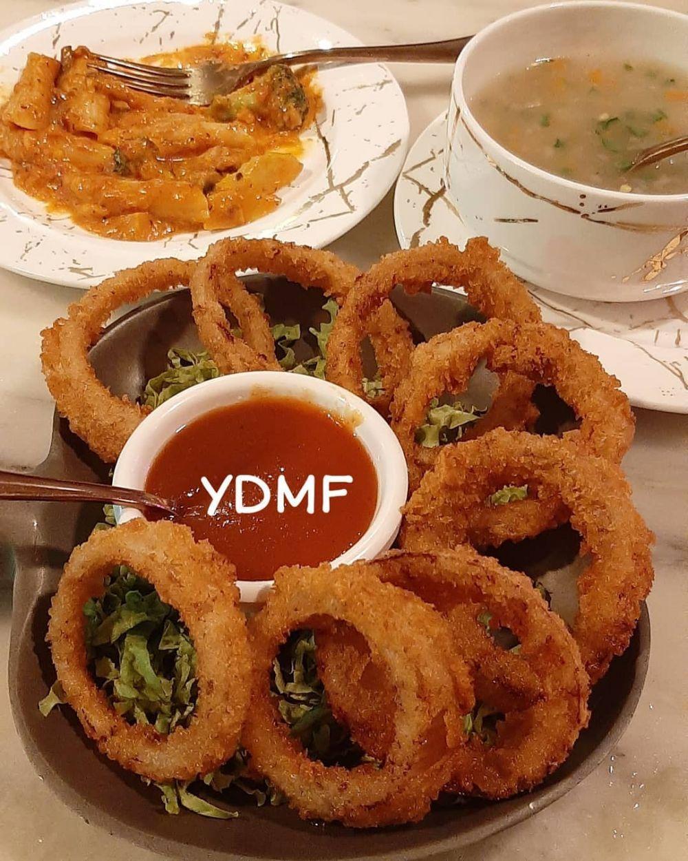 10 Cara Membuat Onion Ring Kekinian Crispy Dan Mudah Instagram Di 2020 Makanan Dan Minuman Makanan Enak Resep Masakan