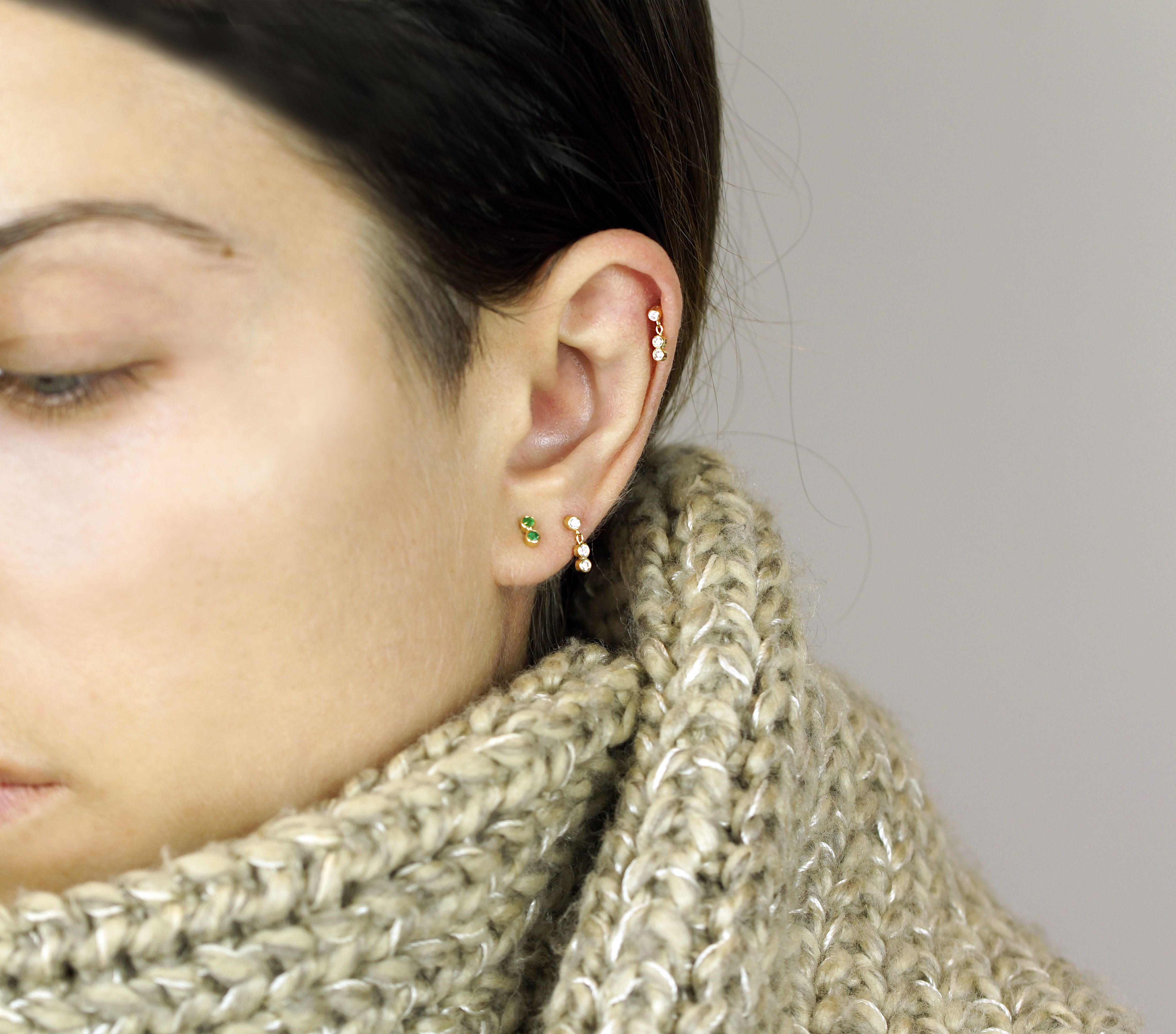3d51c0131 why is it better to decorate your ears with quality gold cartilage earrings?